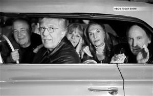 Suzanne Rayot, Gary Van Deursen, Robert Tot, Arlene Norbe — os quatro com 66 anos — e Charlie Schwartz, 67