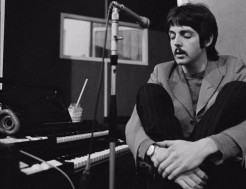 Paul 523 - Paul McCartney recording - Sgt. Pepper - 1967